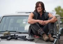 Daryl en un fotograma de la serie