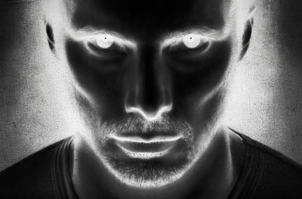 Damien-Season-1_poster_goldposter_com_1