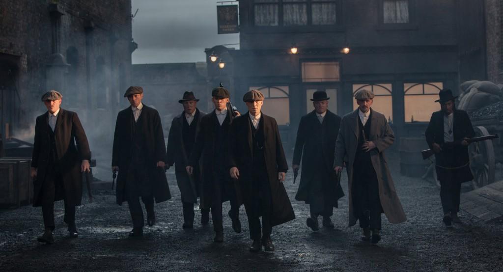 Los Peaky Blinders en las calles de Birmingham.