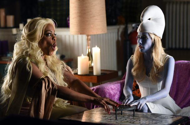 scream-queens-denise-and-chanel-o-1