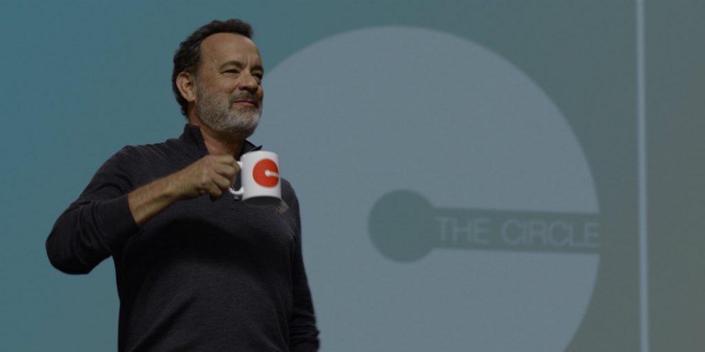 Tom Hanks ejerce de líder visible de la empresa.