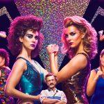 «GLOW», comienza al espectáculo más vintage de Netflix