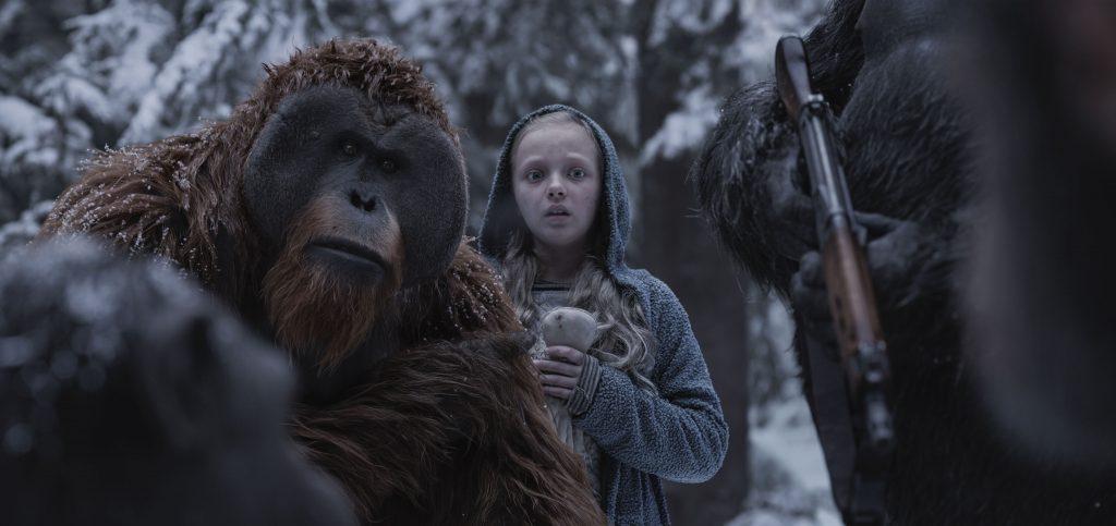 Amiah Miller interpreta a una niña muda que resultará clave en el desenlace de esta historia.