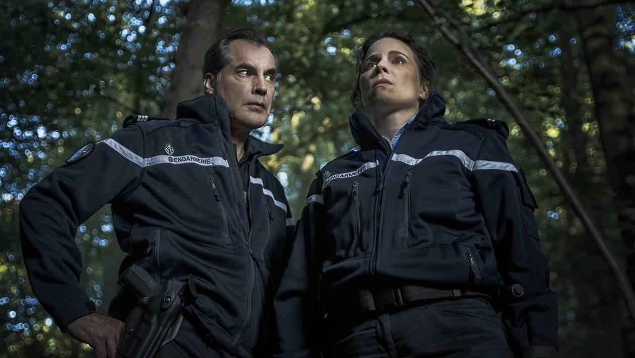 Samuel Labarthe como Gaspar Decker y Suzanne Clément como Virginie Musso