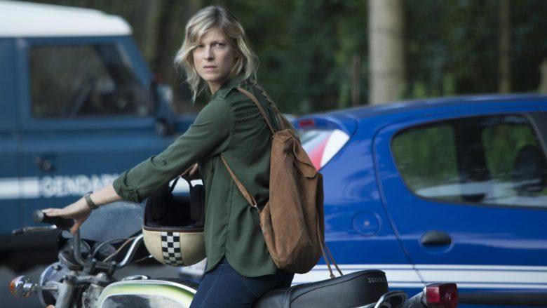 Eve Mendel (Alexia Barlier) mantendrá una extraña relación con el bosque