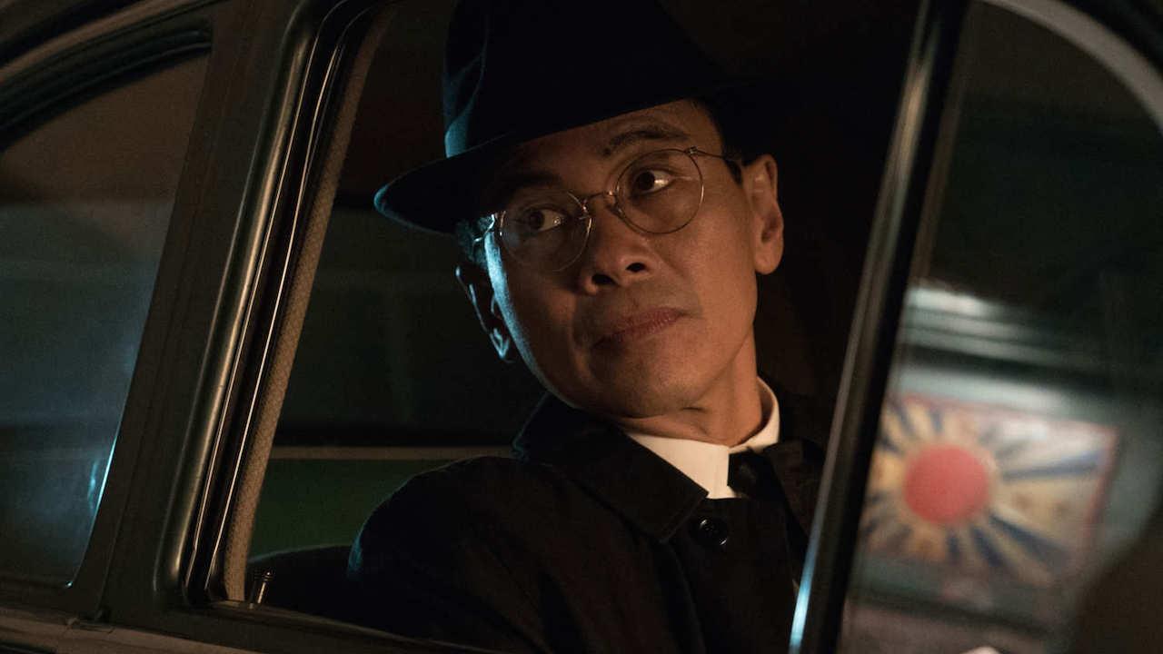 Joel de la Fuente como el jefe del servicio de espionaje japonés
